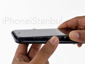 iphone-7-ekran-degisimi-nerede-yapilir-300x225