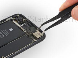 iPhone-7-Arka-Kamera-Degisimi-300x225