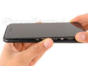 iPhone-7-Plus-Ekran-Degisimi-300x225