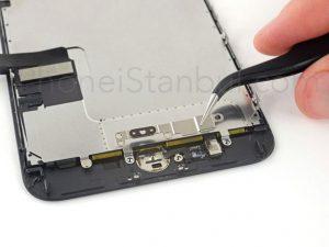iPhone-7-Plus-Kirik-Cam-Degisim-Fiyati-300x225