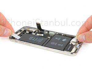 iPhone-X-Pil-Degisimi-300x225