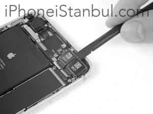 iphone_8_plus_arka_kamera_degisimi_2-300x225