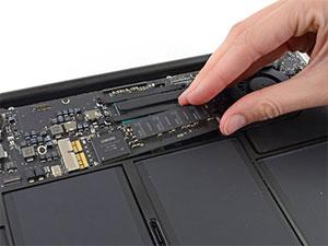 MacBook Air SSD Değişimi