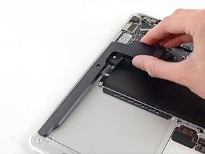 MacBook Air Hoparlör Değişimi