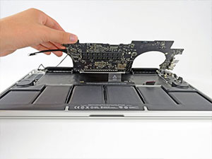 Macbook Pro Anakart Tamiri