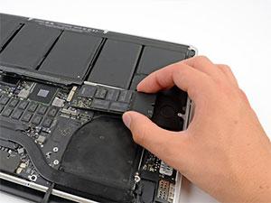 Macbook Pro SSD Değişimi