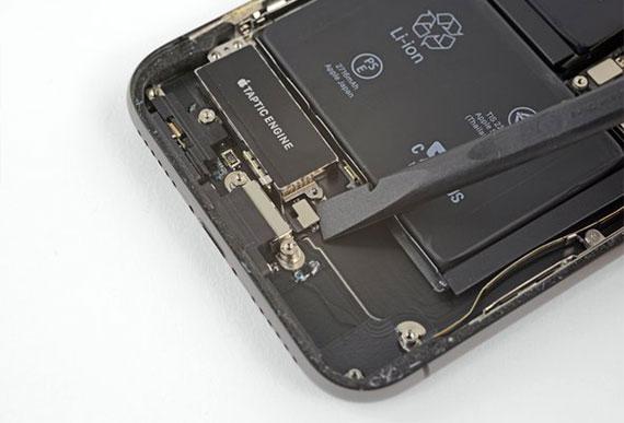 iPhone X Şarj Soketi